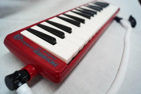 melodica-hohner-piano-32-teclas-mod-c9432145-nueva-22407-MLM20230177865_012015-F